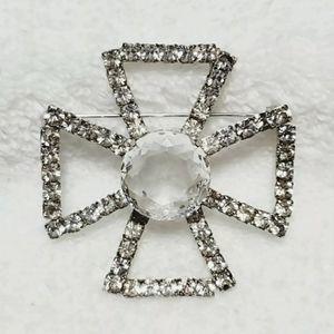 Chrystal Cross Brooch